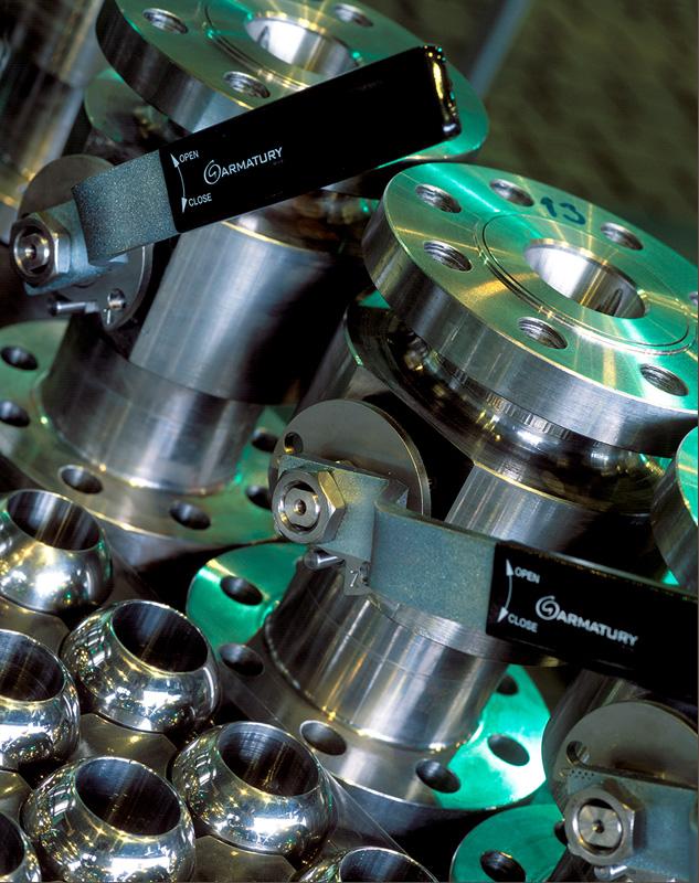 produktová fotografie několika ventilů